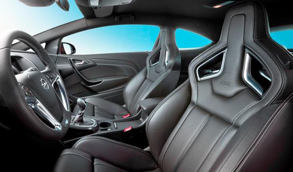 Opel Astra OPC interior