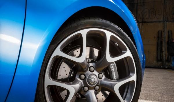 Opel Astra OPC Exterior llanta