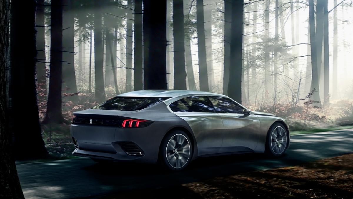 Concept Peugeot Exalt vista lateral