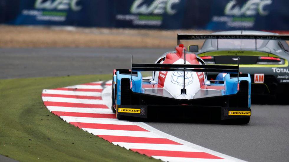Circuito 24h Le Mans trasera piano aston martin