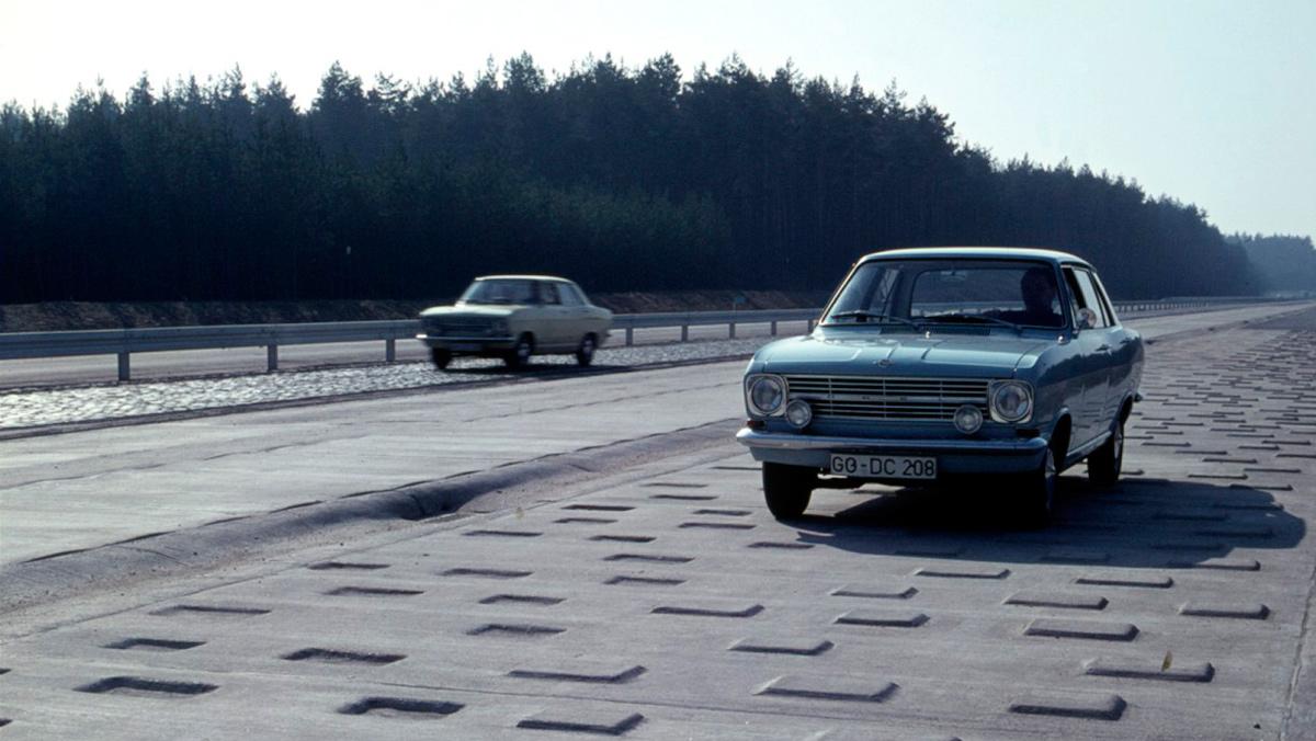 Pista de pruebas de Opel en Dudenhofen (III)