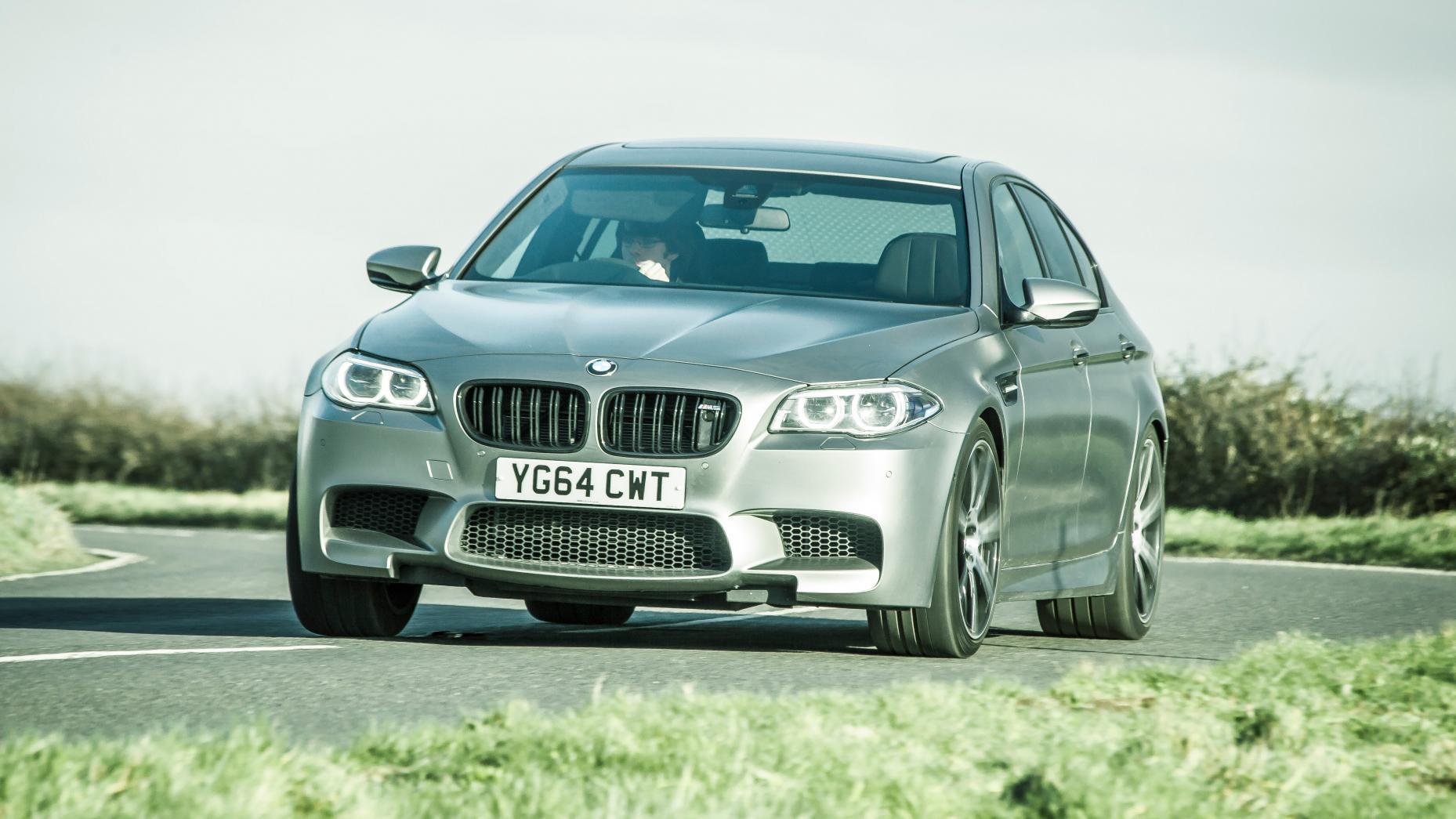BMW M5 F10 berlina deportiva lujo