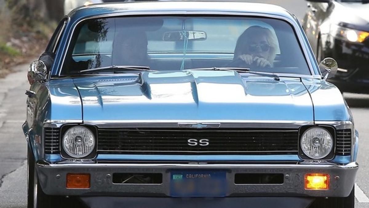 Chelleve SS de los 70 conducido por Lady gaga en Santa Mónica, Los Ángeles