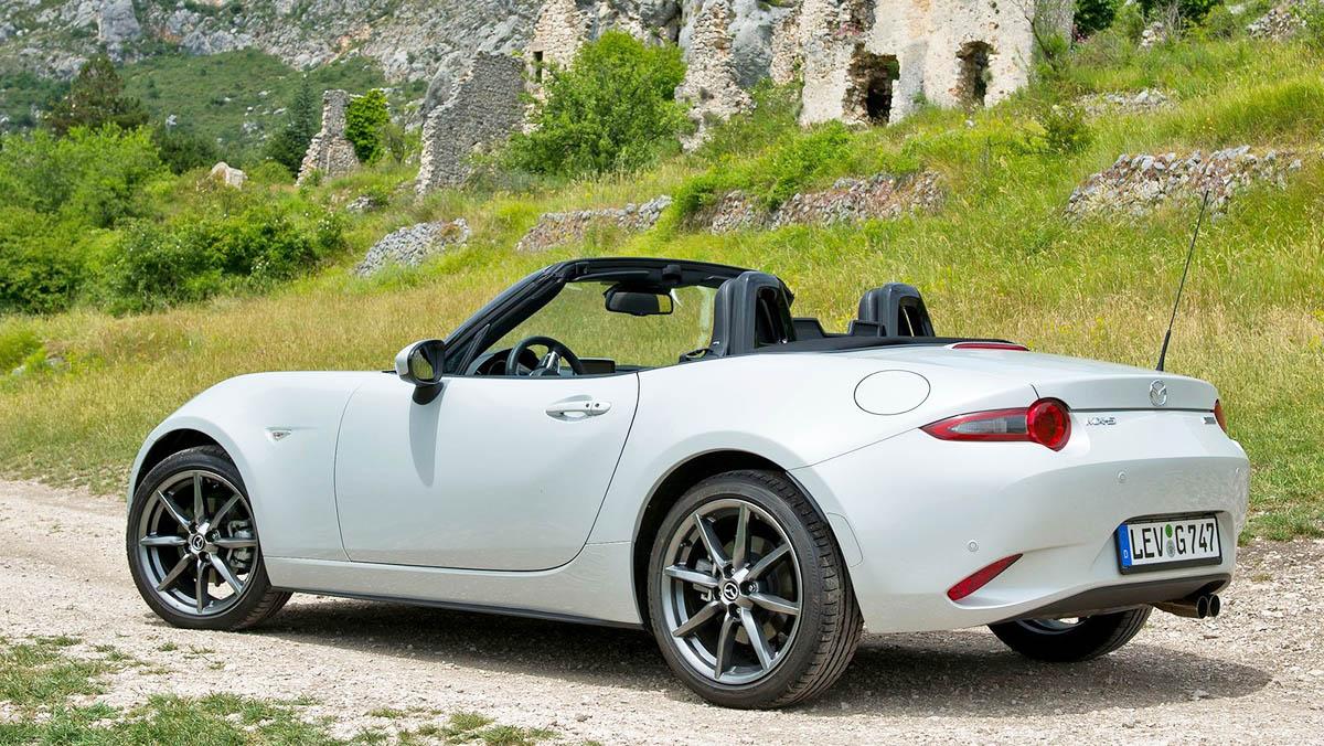 Coches nuevos entre 15.000 y 25.000 euros - Mazda MX-5