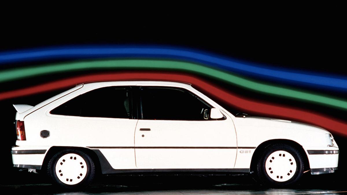 Opel Kadett GSI (I)