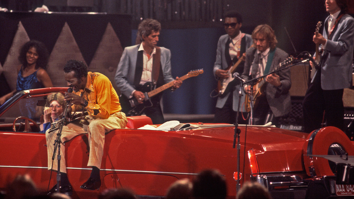 Berry con Keith Rochards y un Cadillac Eldorado´73 en concierto