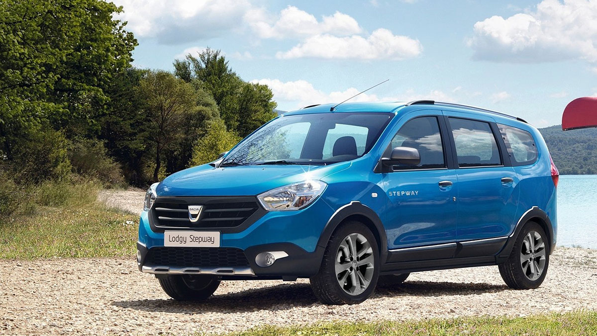 Los mejores coches de siete plazas que puedes comprar - Dacia Lodgy Stepway