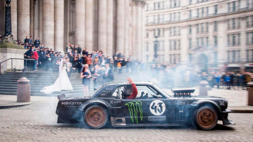 Preparadores coches: Mustang RTR (II)