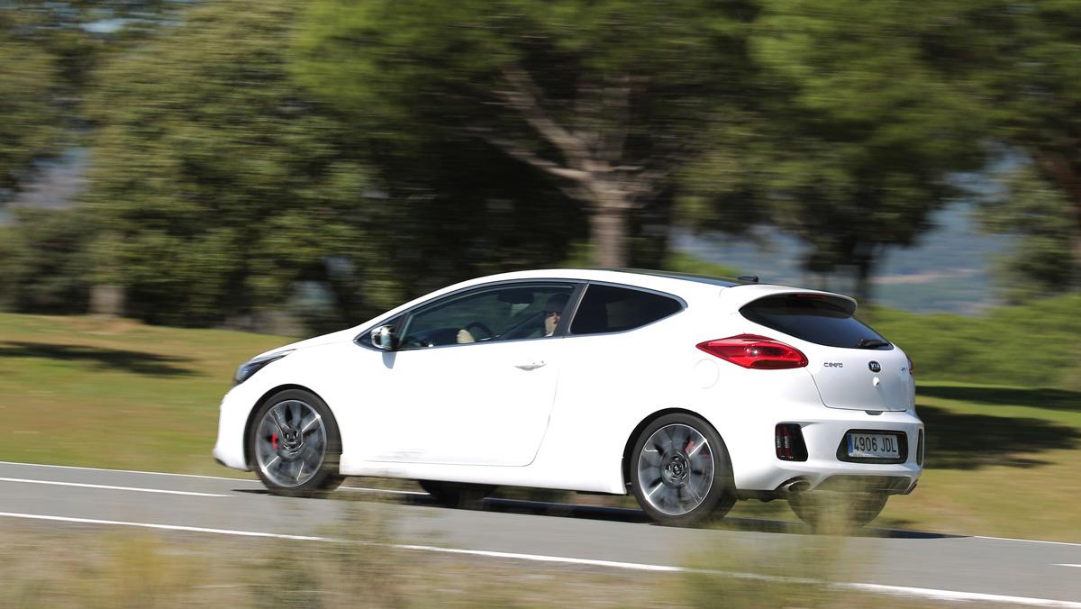Prueba Kia Proceed GT dinámica