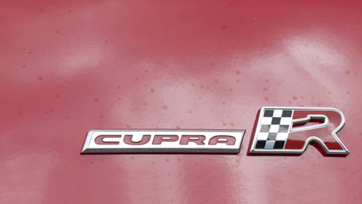 Qué significan las siglas de los coches (II)