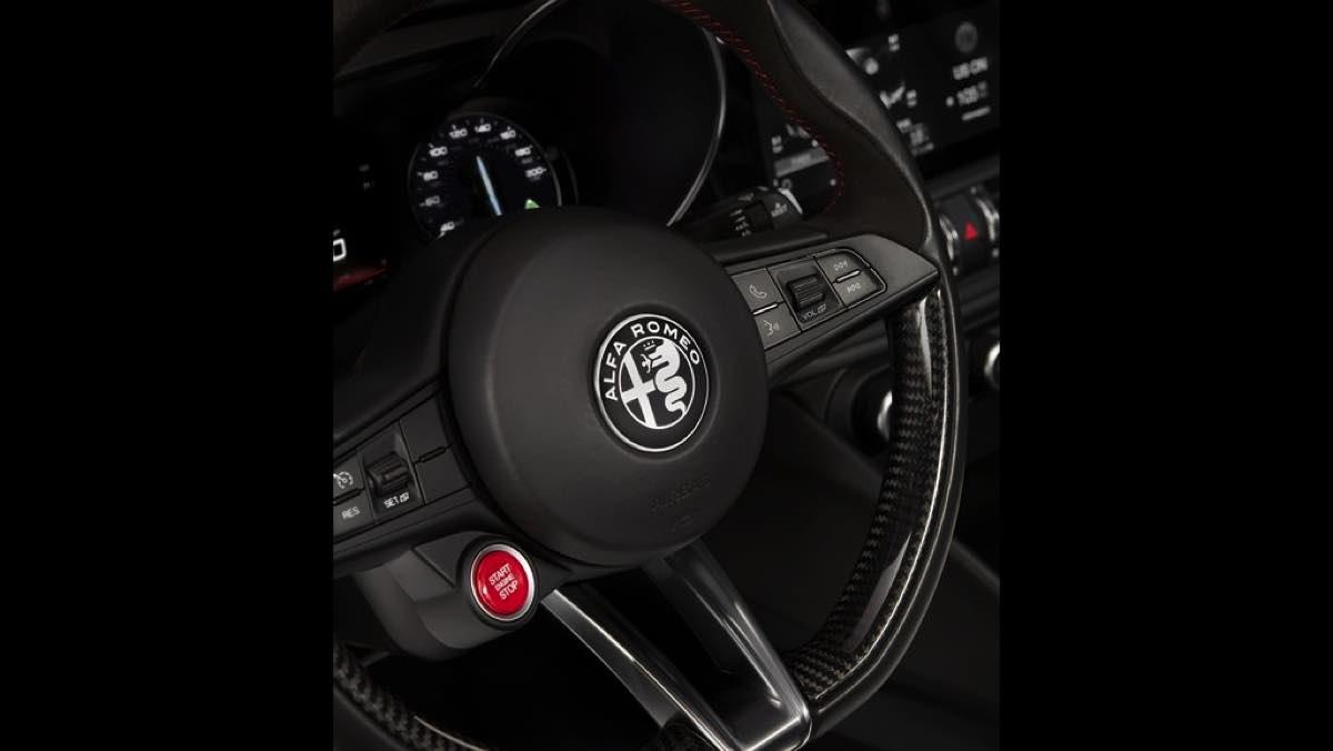 Botón de arranque del Alfa Romeo Giulia QV