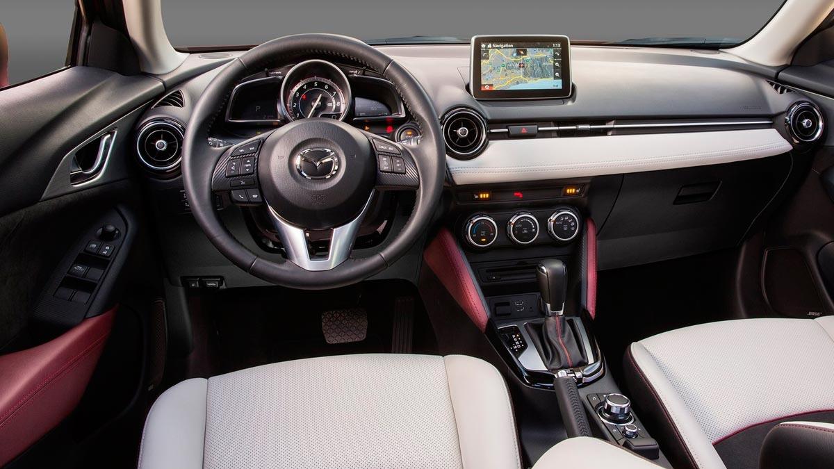 Mazda CX-3 interior lujo cuero