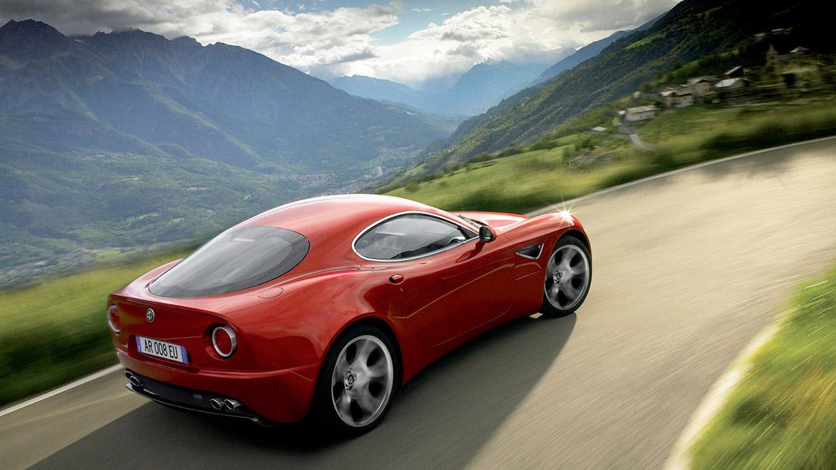Los deportivos más elegantes de todos los tiempos - Alfa Romeo 8C Competizione