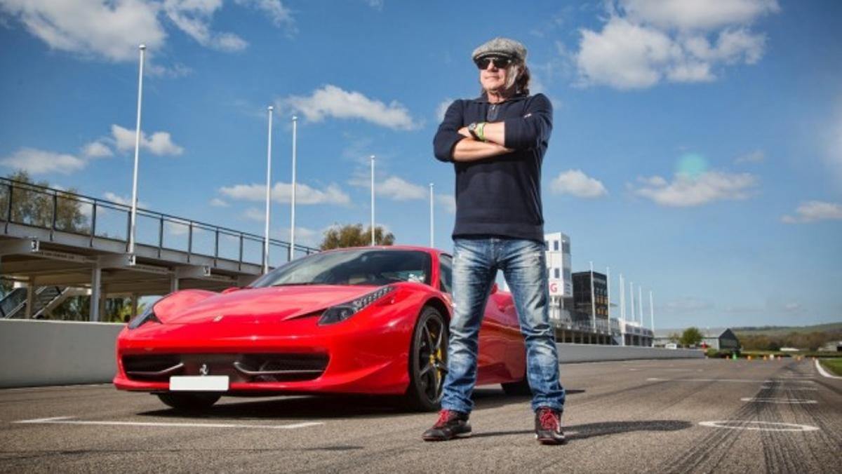 El Ferrari 458 Italia, uno de los coches más bonitos para el rockero