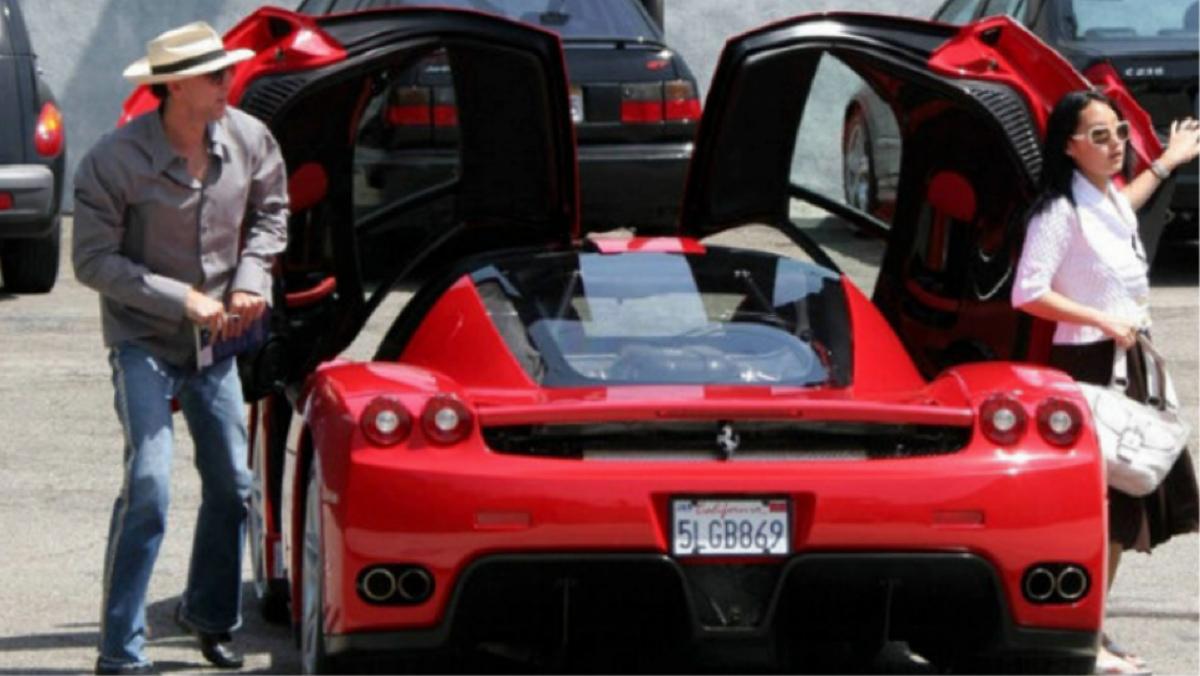 Nicolas Cage y su maravilloso Ferrari Enzo