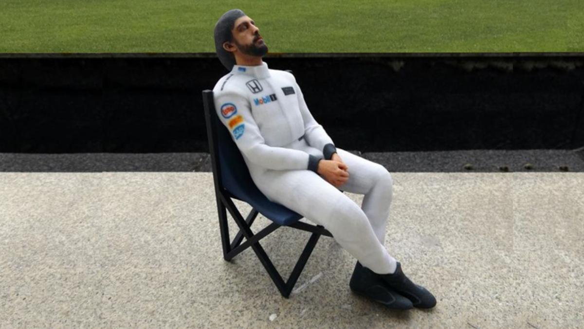 Figurita de Fernando Alonso