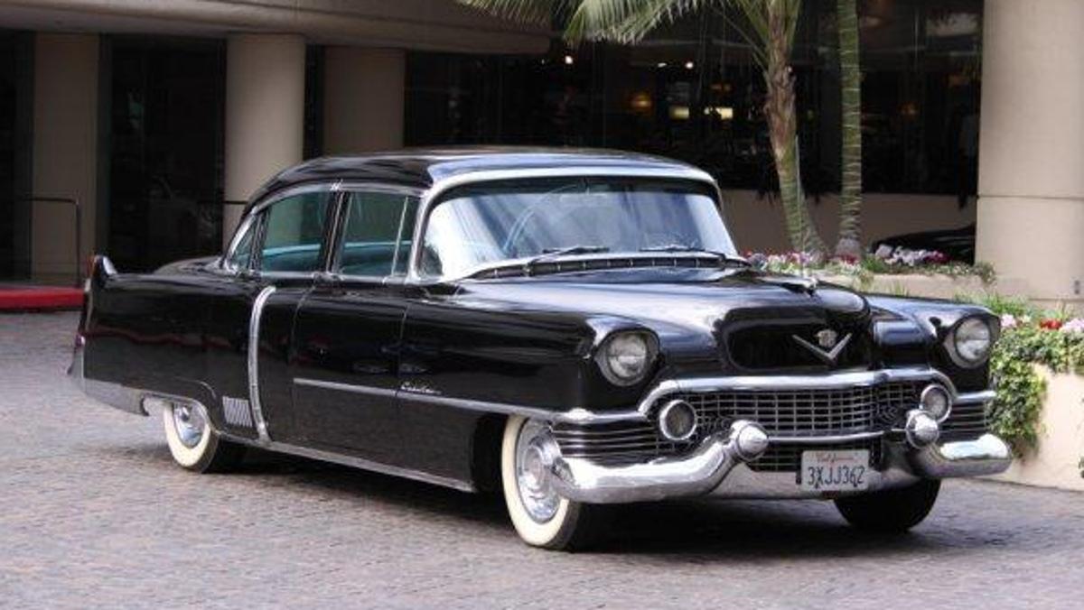 Cadillac Fletwood Series 60 1954