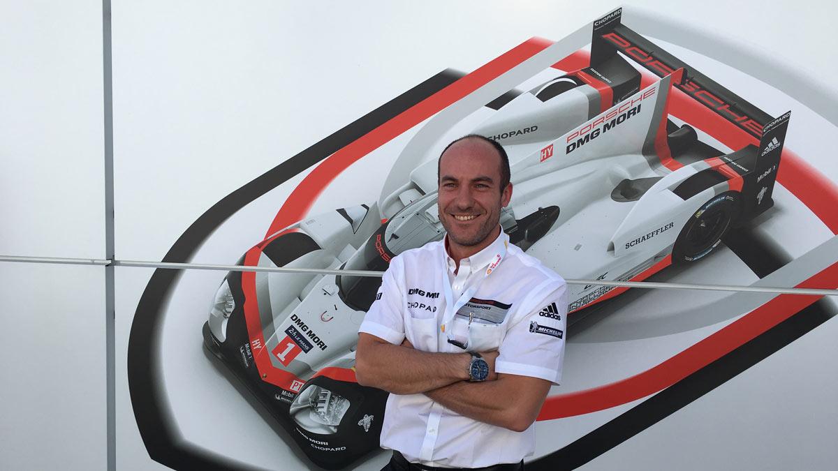 Roberto Gómez Porsche en Le Mans equipo ingeniero