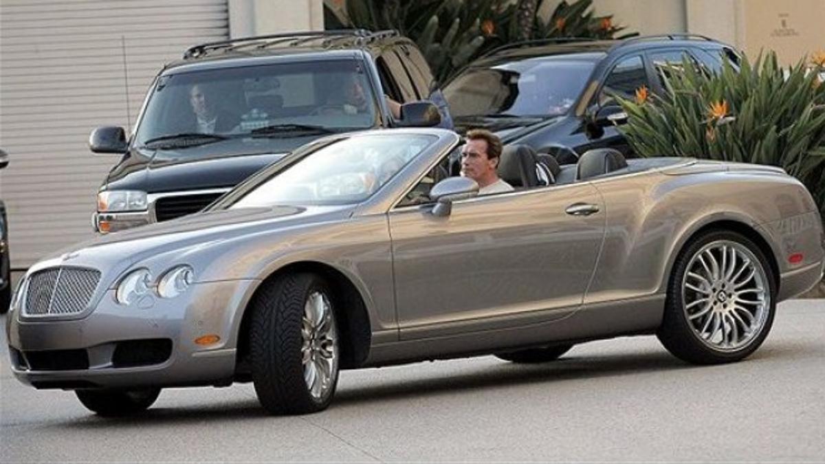 Bentley Continental GTC y Arnie
