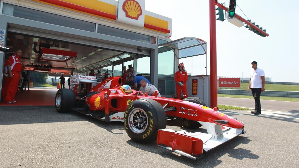 gasolinera f1