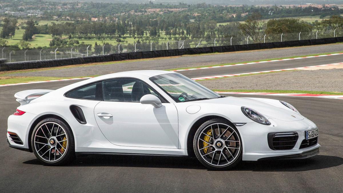 Los mejores rivales del Audi R8 2017 - Porsche 911 Turbo S