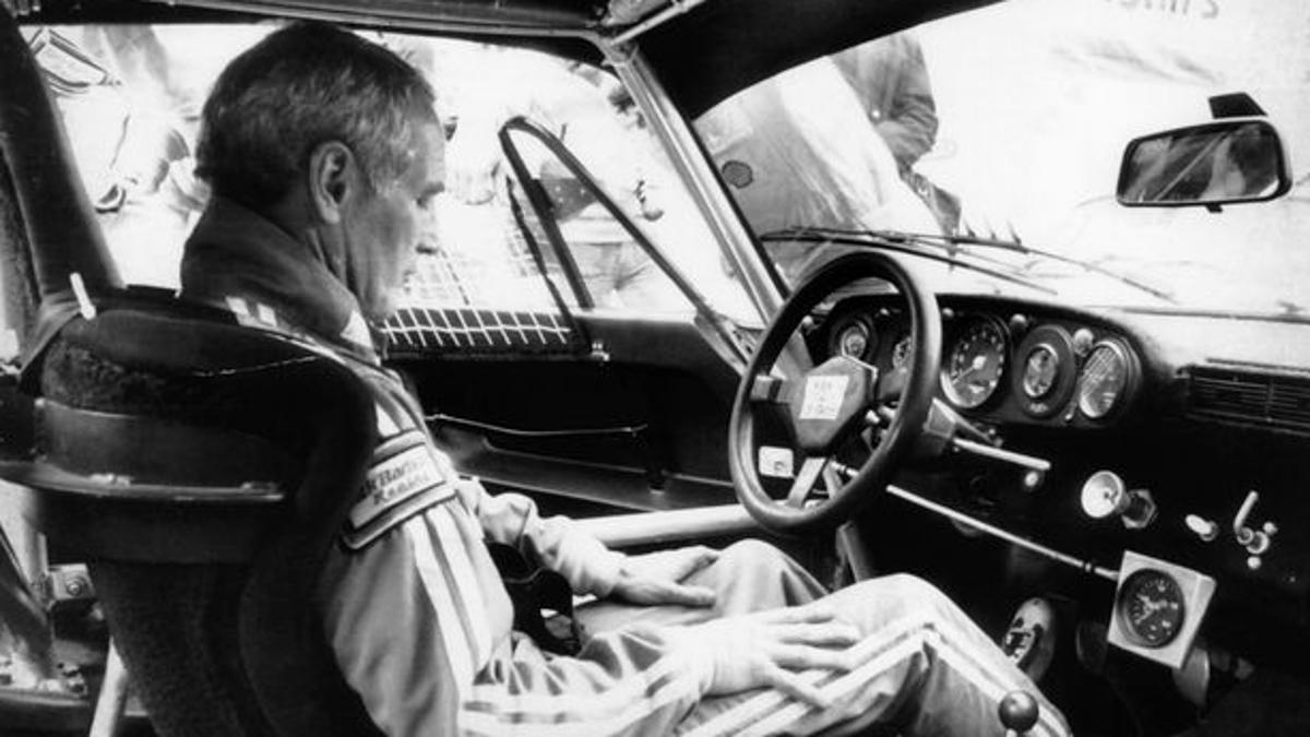 Paul Newman concentrándose en Le Mans 1979