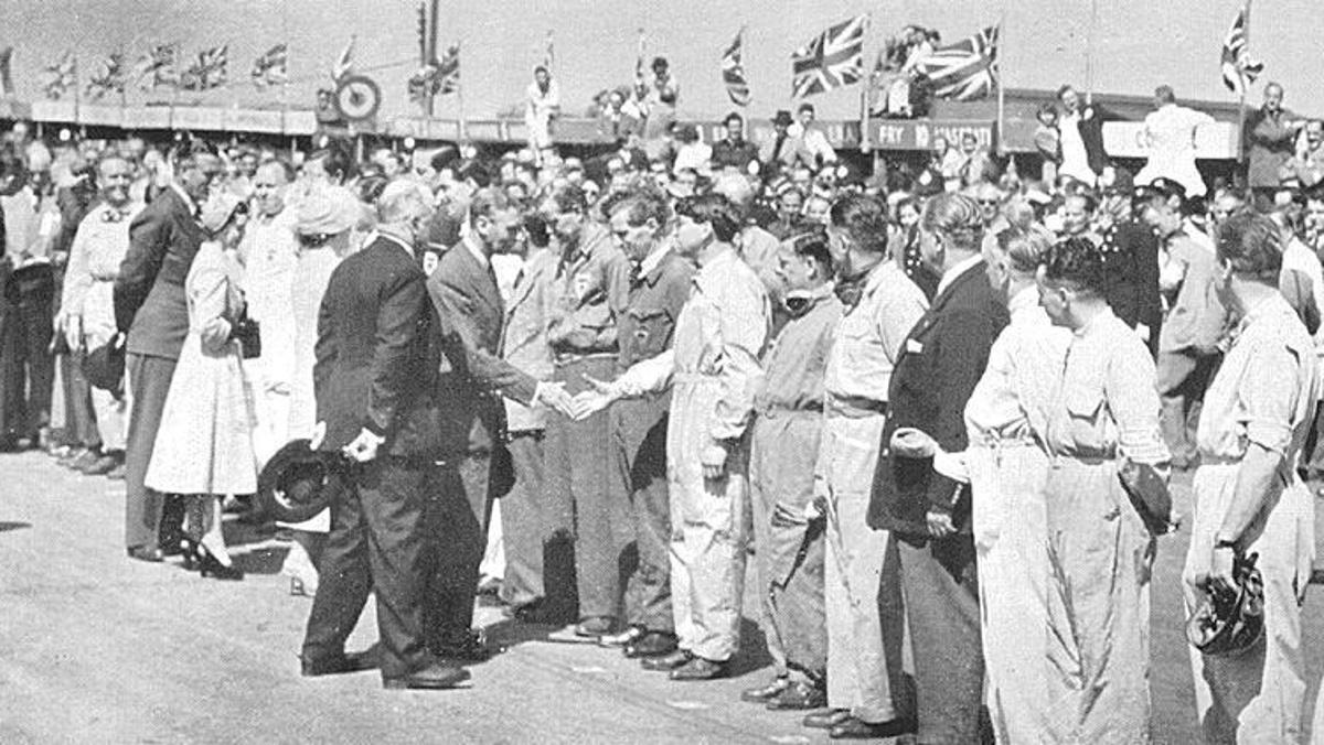 Los reyes británicos en Silverstone 1950