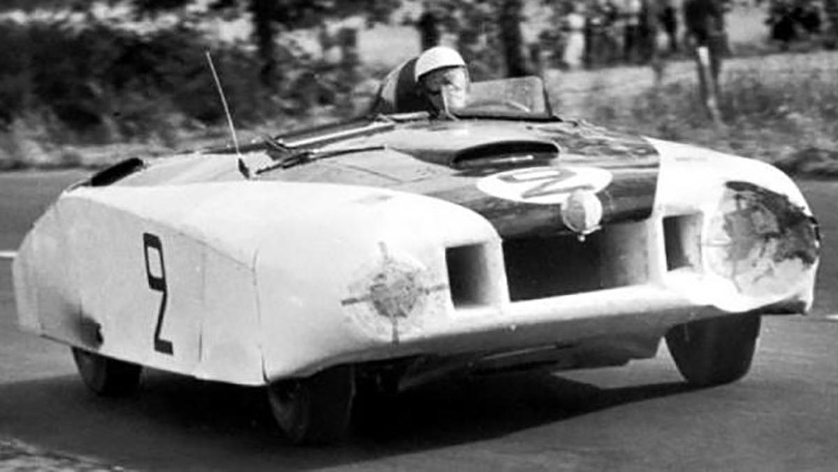El Cadillac 'Le Monstre', dándolo todo en Le Mans 1950