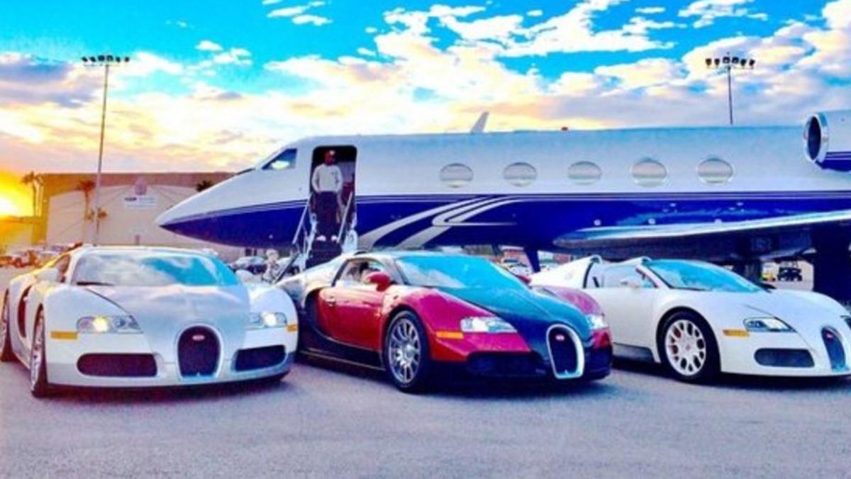 La flota de Bugattis