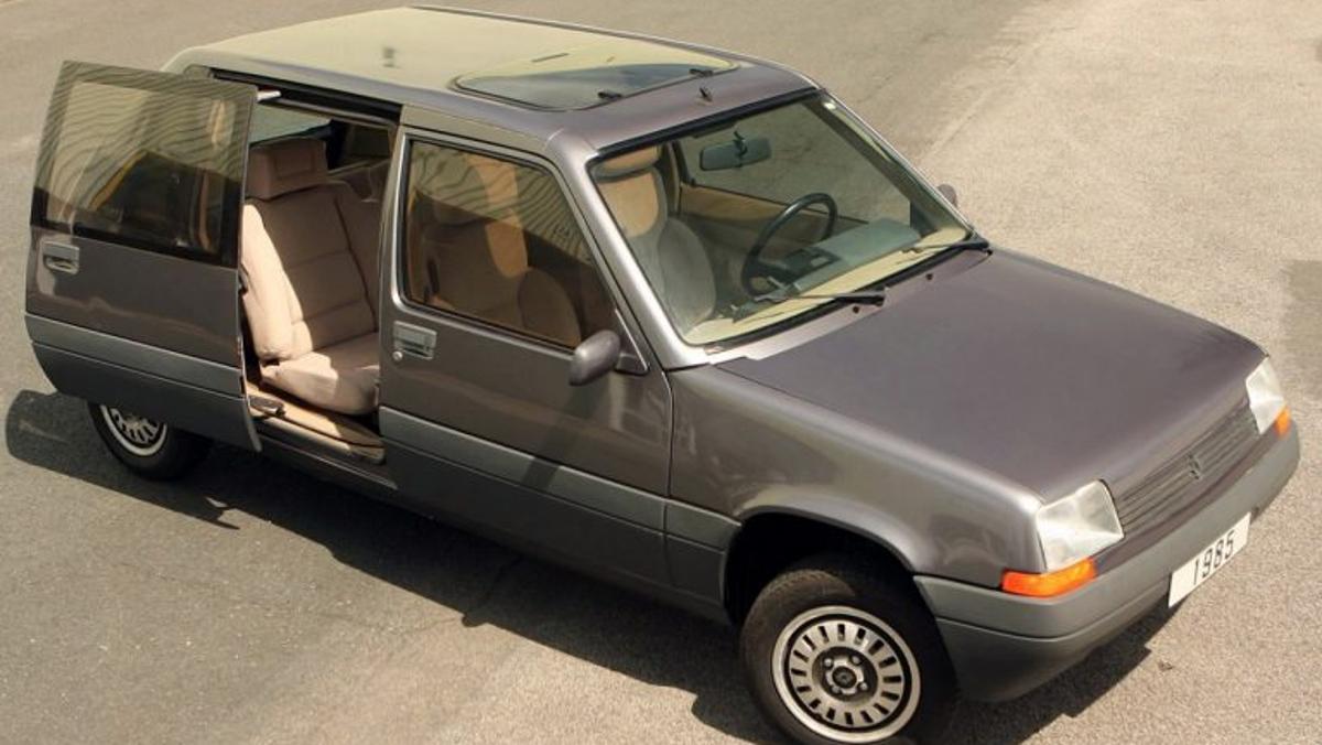 Qué molón es este Renault Super Van Cinq