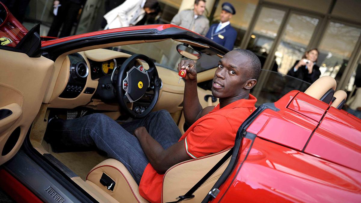 Usain Bolt y un Ferrari F430 Spider