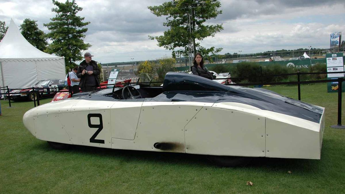 Vista lateral del Cadillac 'Le Monstre'