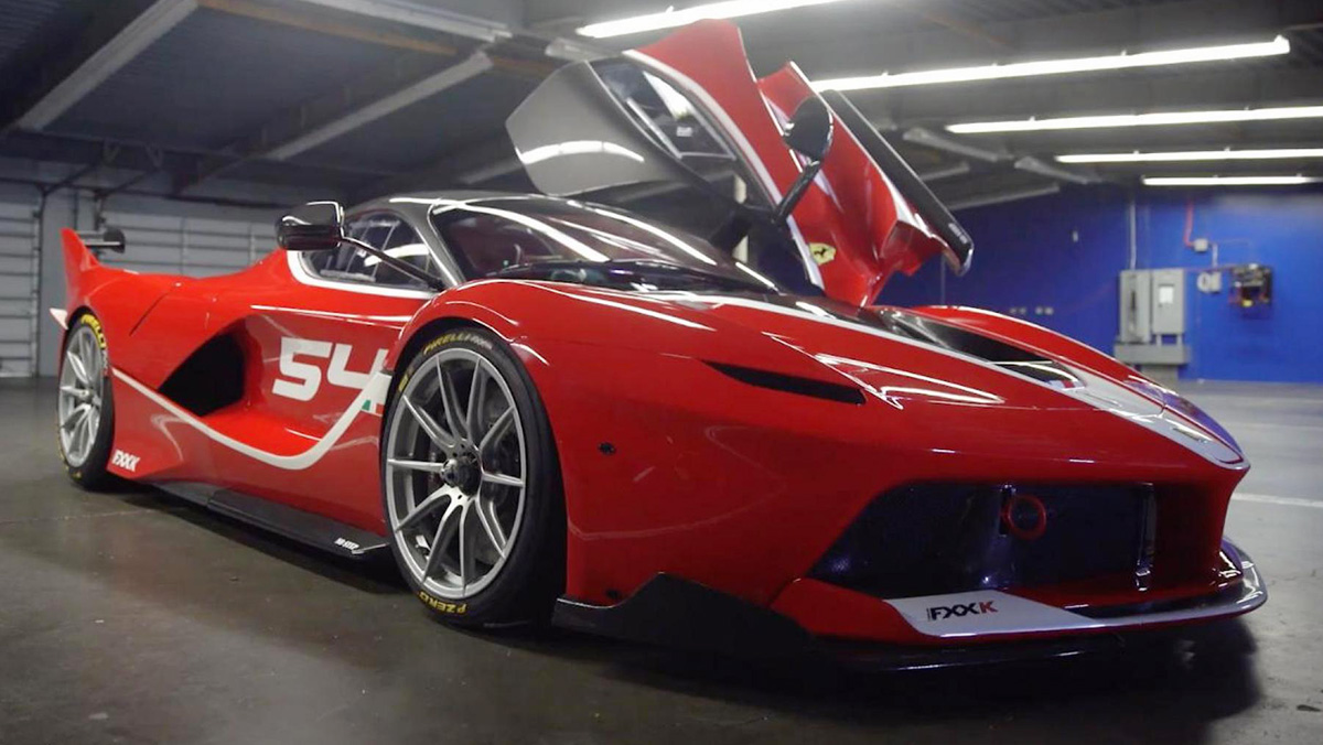 Las 5 mejores pruebas de Ferrari hechas por Chris Harris - FXXK