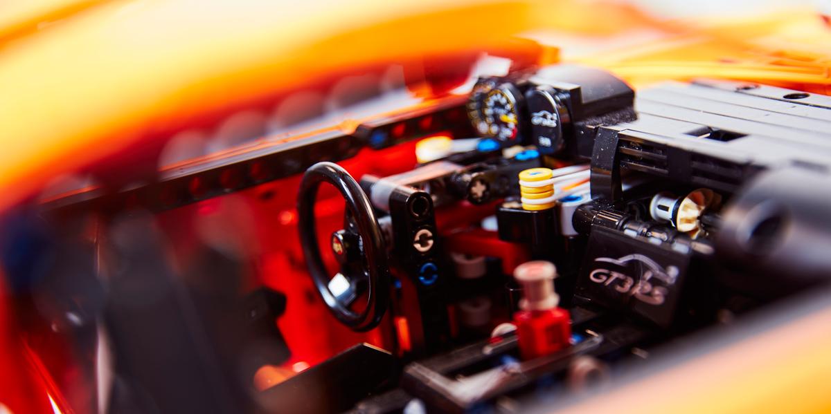 Porsche 911 GT3 RS Lego (puesto conducción)