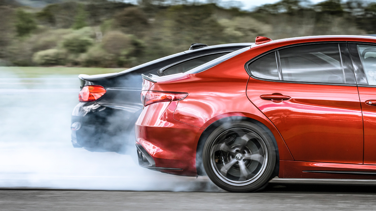 Alfa Romeo Giulia QV vs BMW M4 M Competition (quemando rueda)