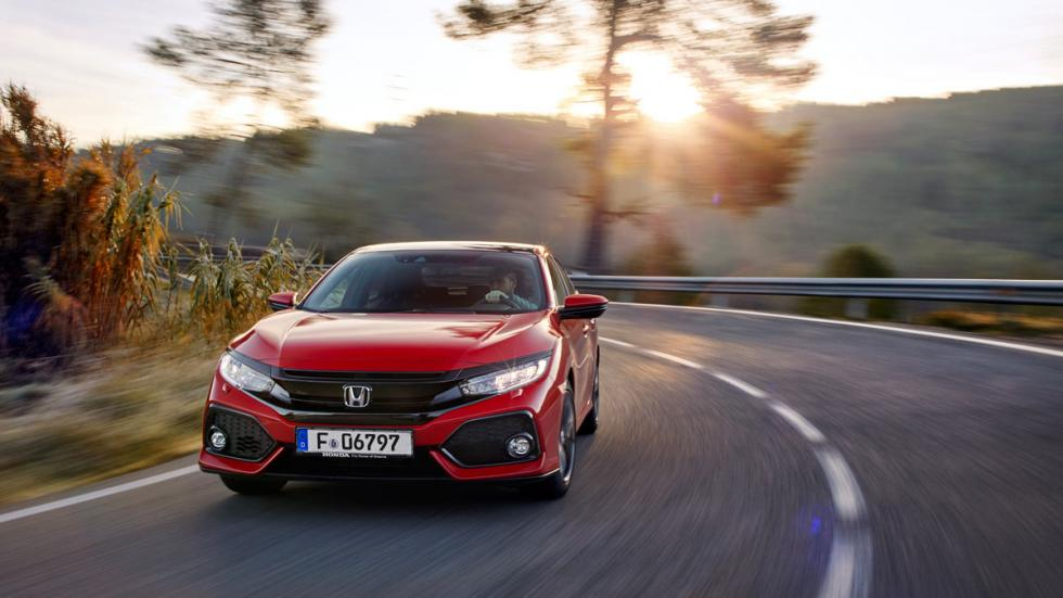 Honda Civic 2017 (curva)