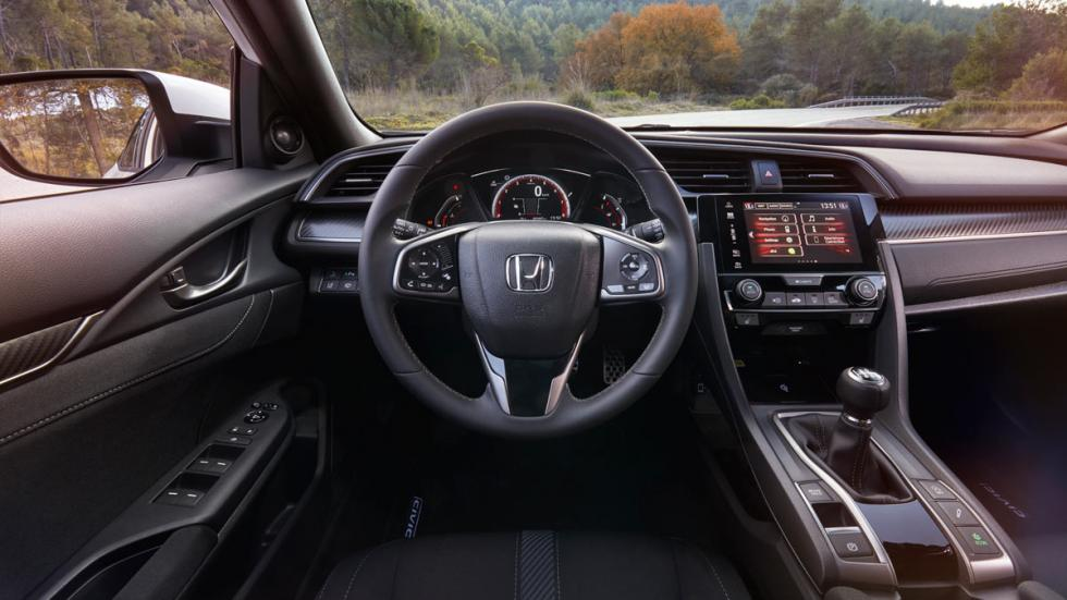 Honda Civic 2017 (interior)