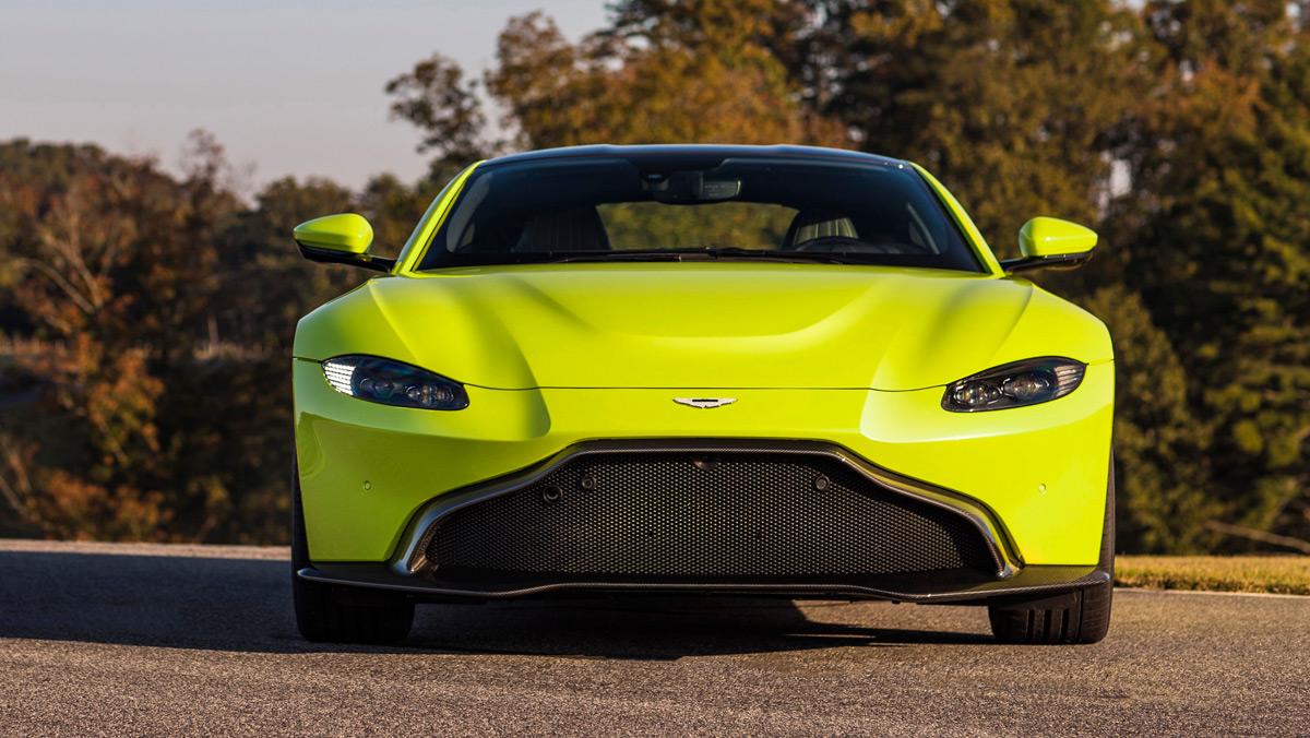 Aston Martin Vantage 2018 (frontal)
