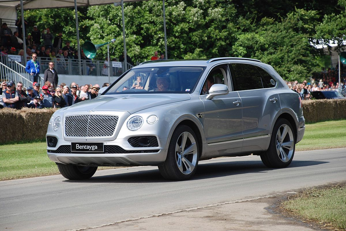 Bentley_Bentayga_ Matthew Lamb vía wiki