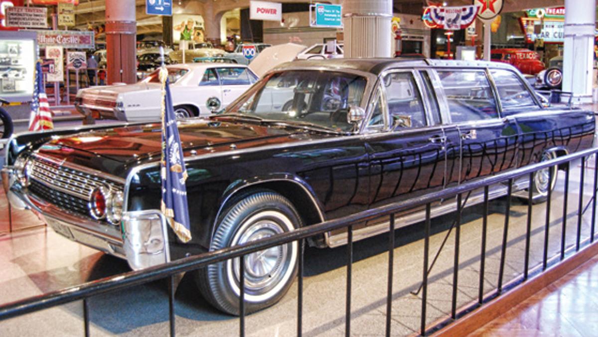 El coche donde asesinaron a Kennedy