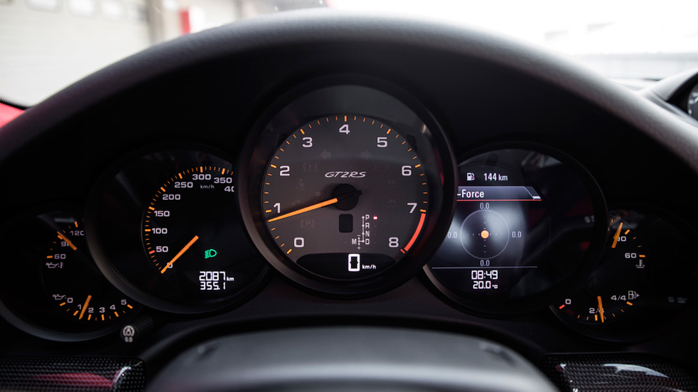 Velocímetro tarado a 400 km/h