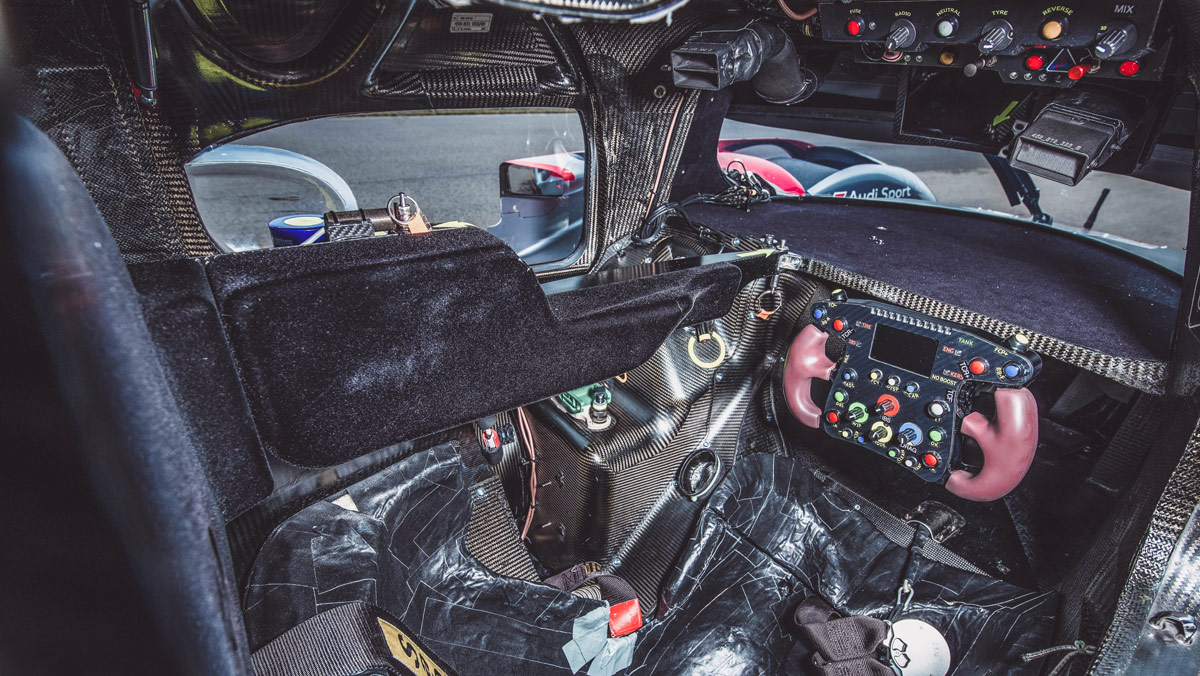 Prueba Audi R18 LMP1 (habitáculo)