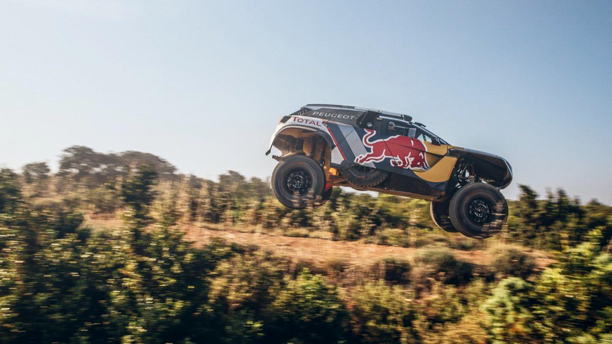 Los favoritos en coches del Dakar 2018