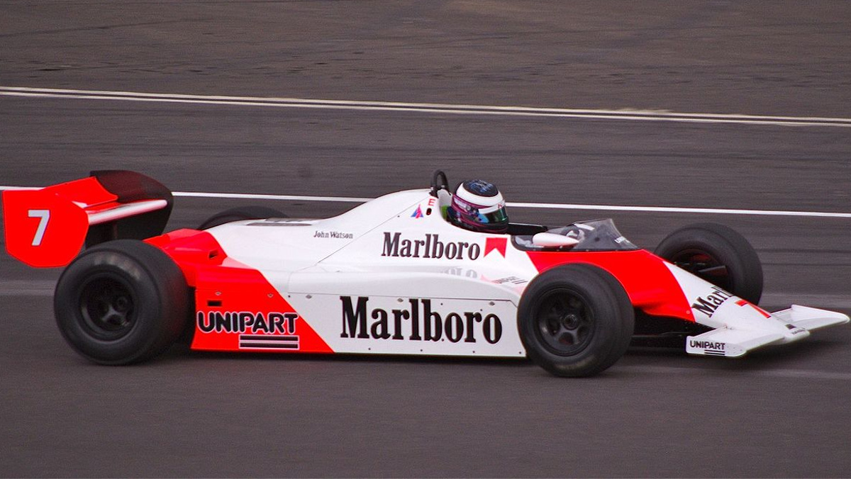 McLaren MP4/1 y el carbono