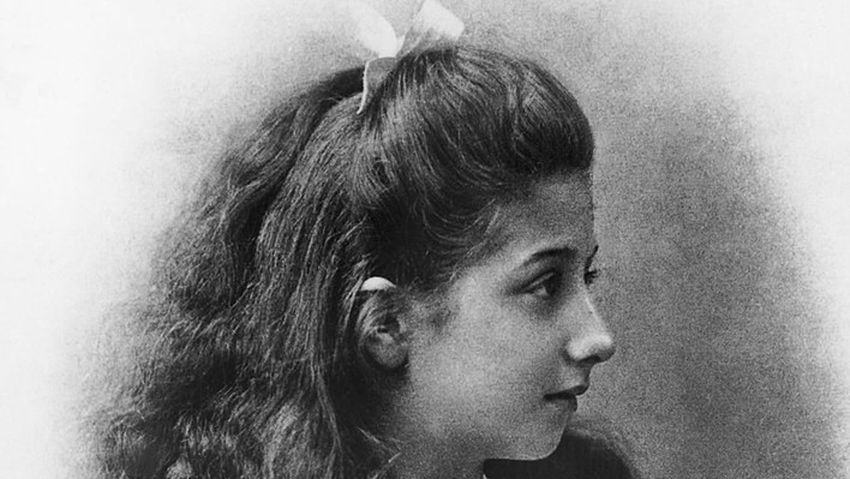 Mercedes, la niña que da nombre a los coches teutones