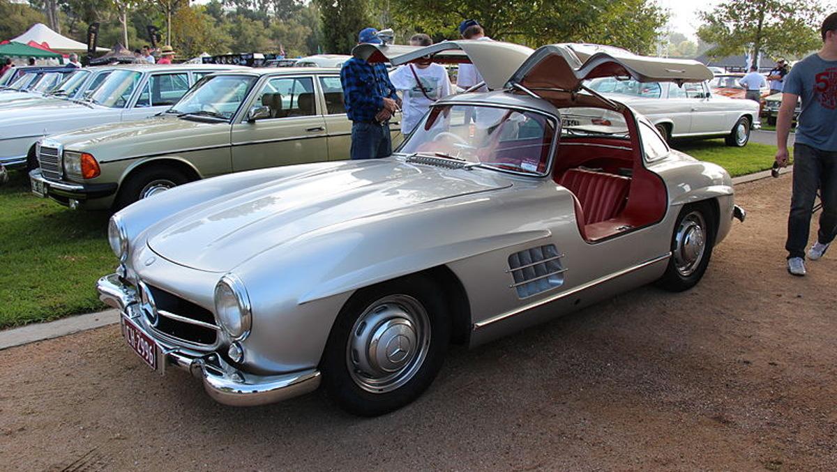 PatrickDempsey 1956_Mercedes_Benz_300_SL_Gullwing_M