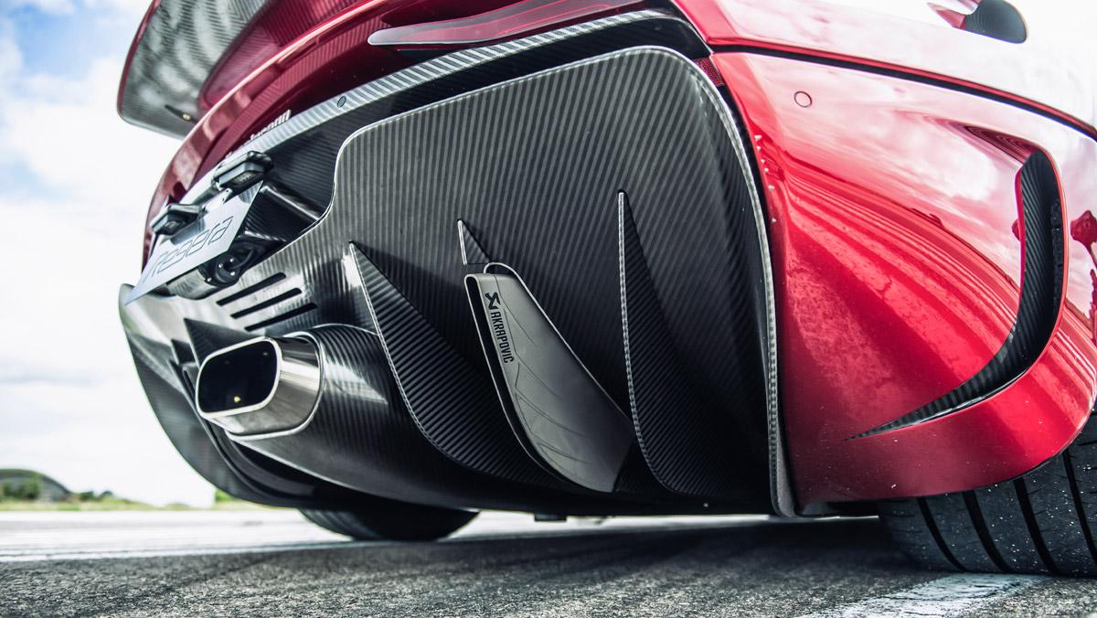 Prueba Koenigsegg Regera (escape)
