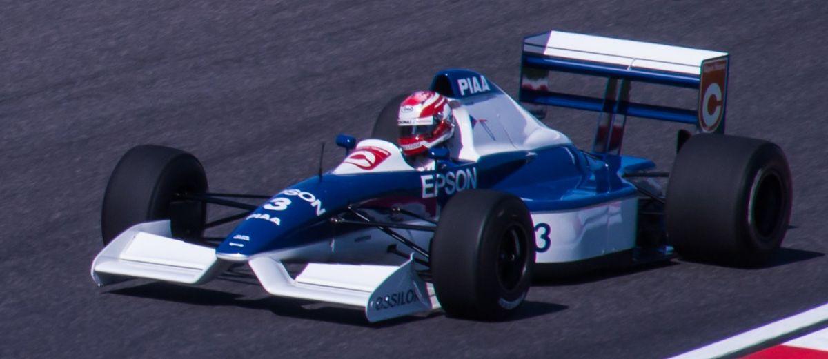 Tyrrell 019, ¡qué morro!