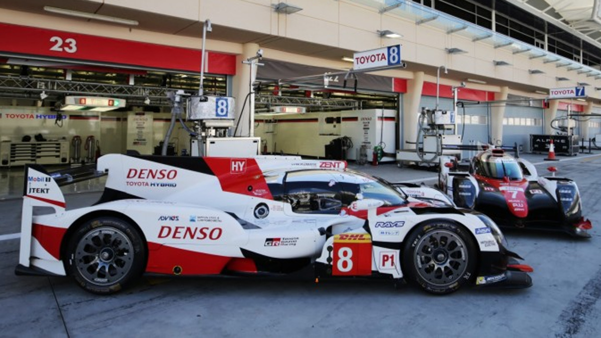 Formación Toyota TS050 WEC Alonso