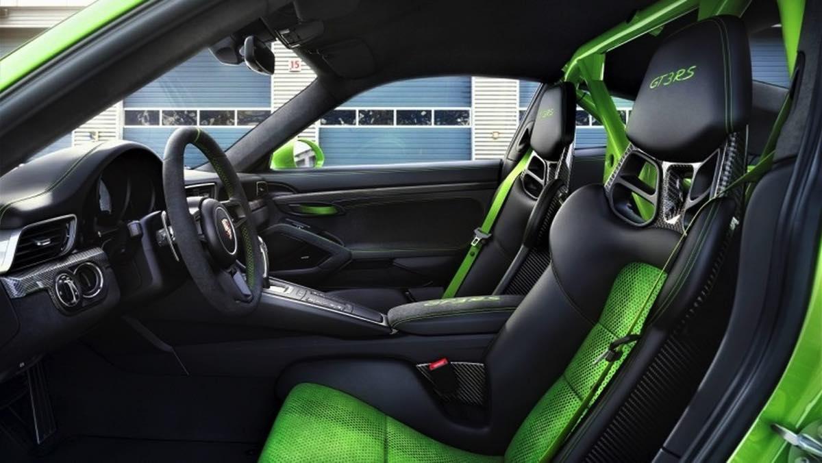 Porsche 911 GT3 RS 2018 (interior)